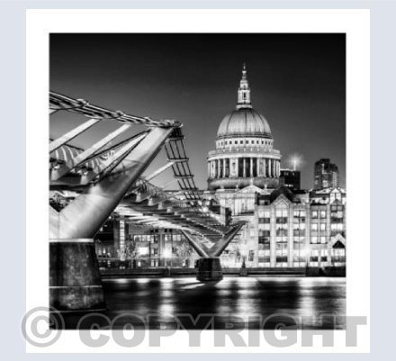 The Bridge and the Dome - BW_LON_01